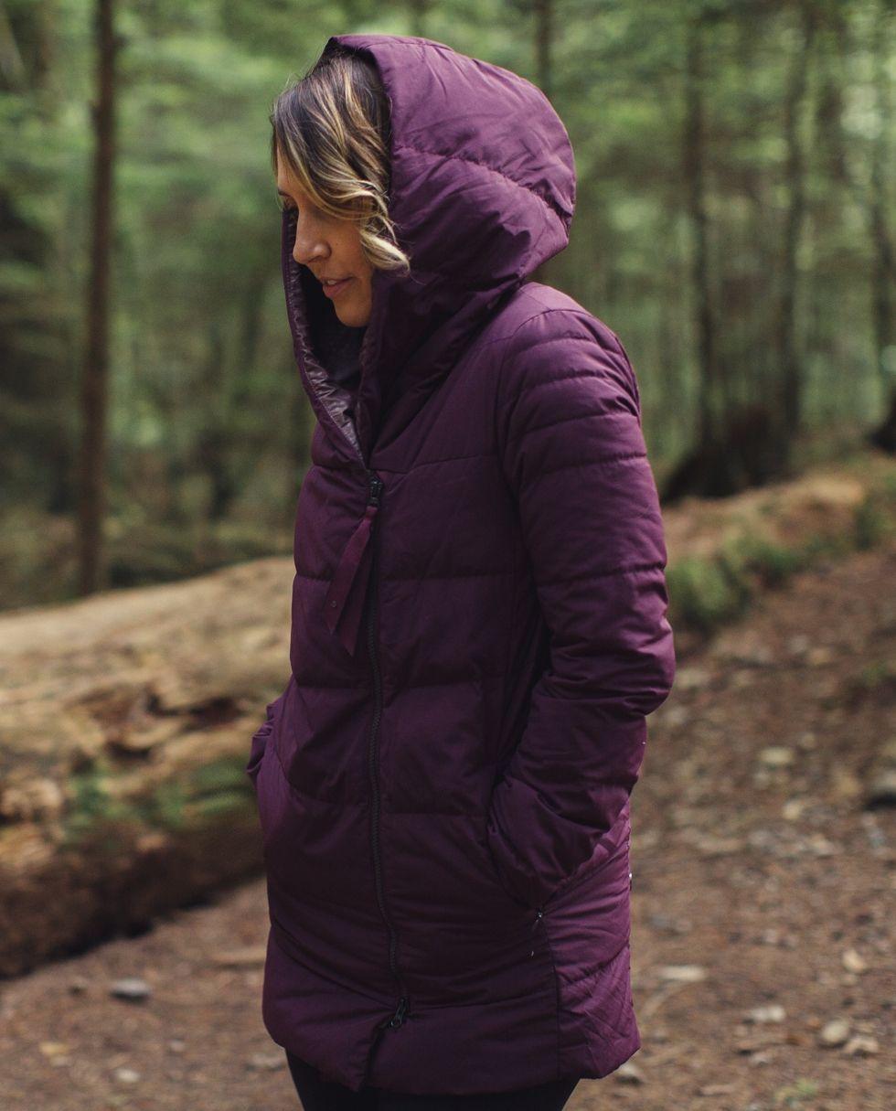 Puffy Blanket Jacket Women S Outerwear Lululemon Athletica Blanket Jacket Outerwear Women Jackets For Women [ 1215 x 980 Pixel ]