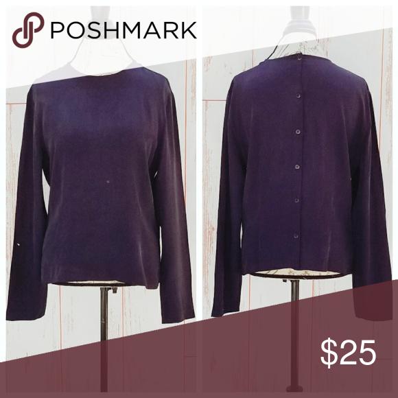 28e69bf256e26f Dana Buchman blouse Gorgeous blouse with buttons all the way down back. ✓Dana  Buchman ✓Size 14 ✓100% silk ✓ Bust-21