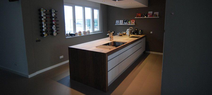 Kookeiland op maat massief hout in combinatie met ikea keukenkastjes wonen en design - Werkblad bo is op maat ...