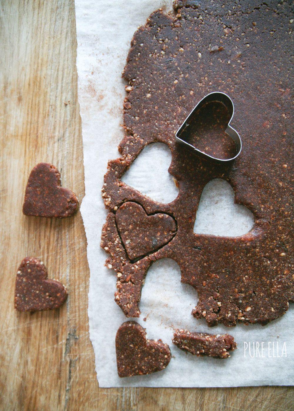 Raw hazelnut chocolate hearts