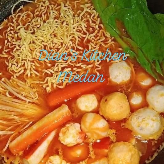 Steamboat By Dian's Kitchen Medan