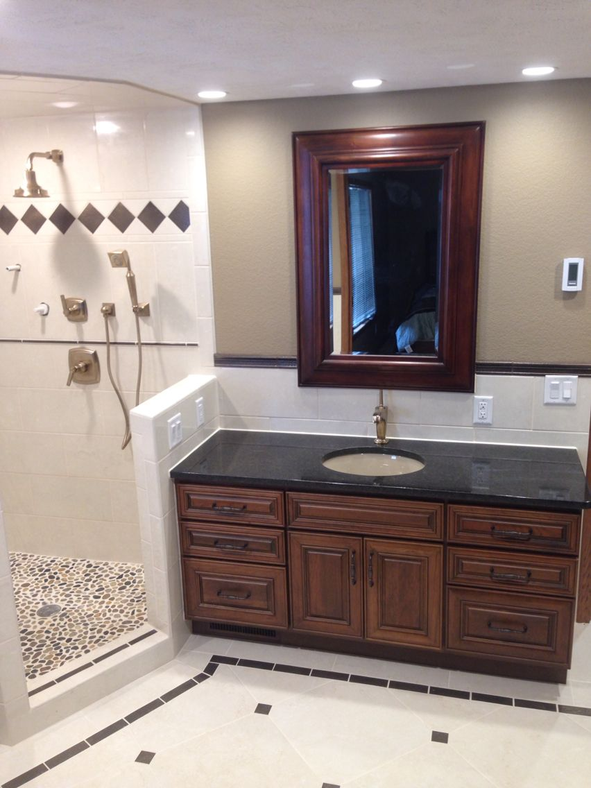 Cherry cabinet with black granite and tile backsplash ... on Backsplash Ideas For Black Granite Countertops And Cherry Cabinets  id=58947