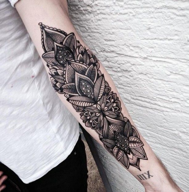 Blumen Tattoo Maori Style Coole Unterarm Tatowierungen Tattoo Armel Frauen Blumen Tattoo