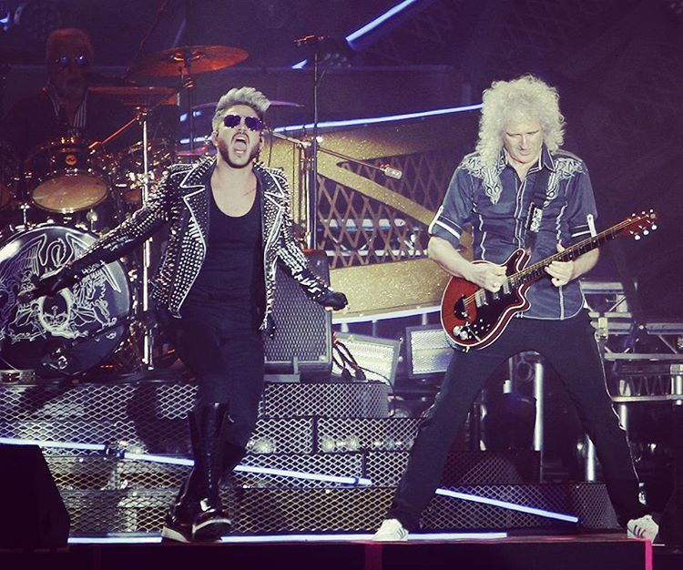 @joaosalema What can be said!?? It's the only Queen we'll ever see ! And they're good !! #Queen #adamlambert #rockinrio @adamlambert