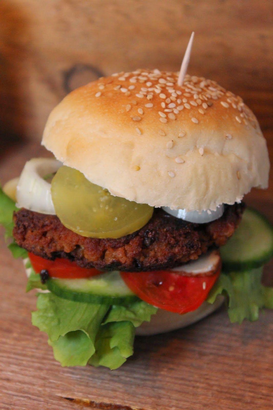rezept gesucht rezeptkompass gefunden world s best vegan burger seitan bulette statt fleisch. Black Bedroom Furniture Sets. Home Design Ideas