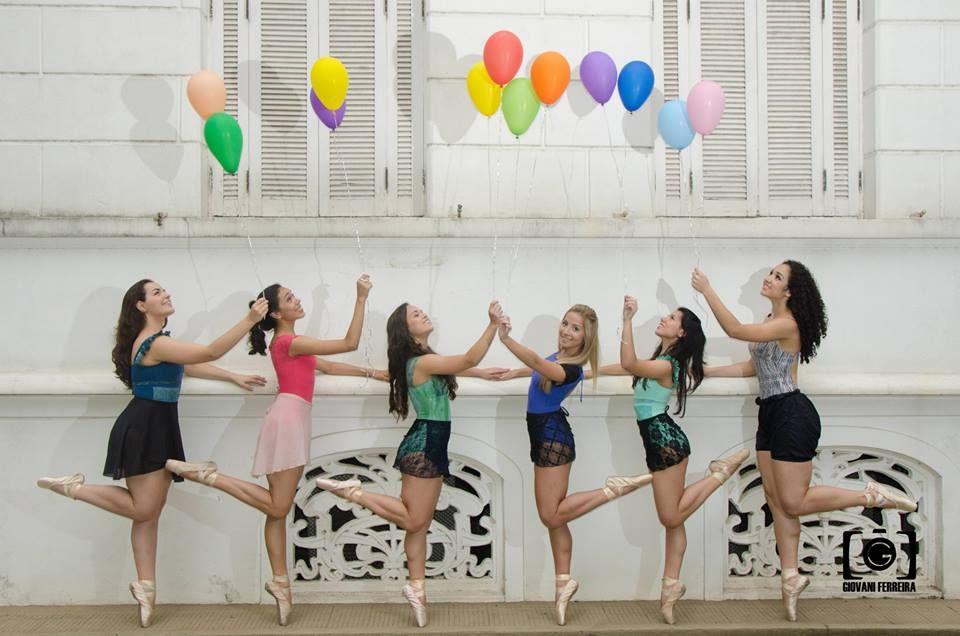 Pinacoteca Benedicto Calixto - Santos - SP #balloon #ballet #dance #colors #pinacotecadesantos