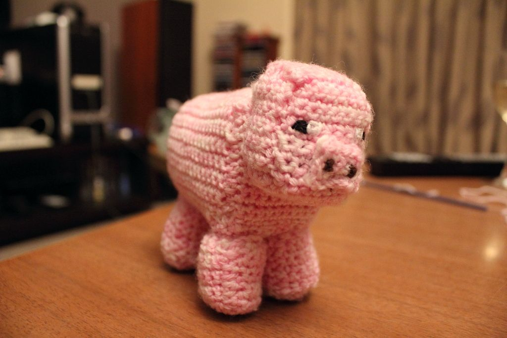 Minecraft Knitted Pig | to make for grandkids | Pinterest