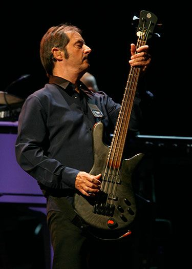 Gary Tallent on bass 9/14/12 at Nationals Park  Backstreets com