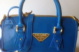 Check out Prada Bag - Belgian Chocolate Cake on imly.in! Drooool...
