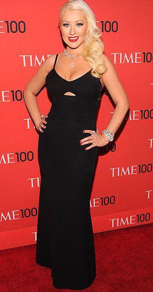 Christina Aguilera er kanskje ikke for alle, men jeg liker mye. Hun har ben i nesa .