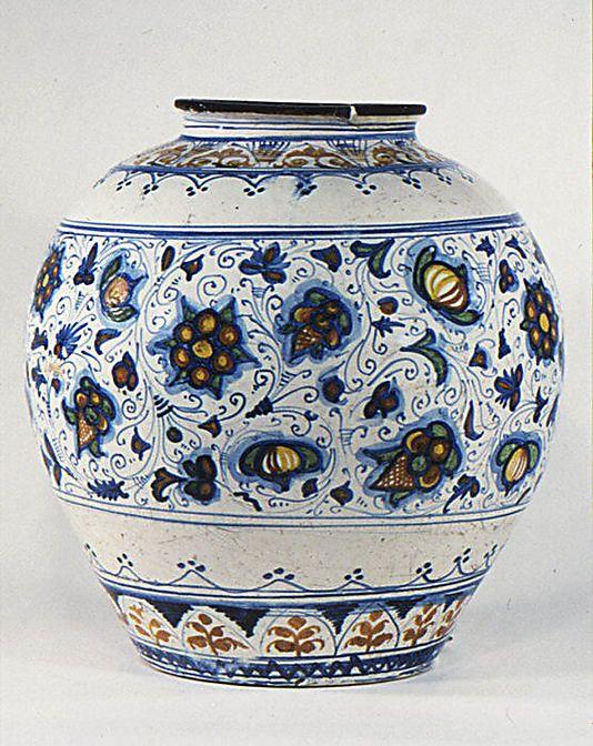 Jar Late 16th Century Culture Italian Sciacca Probably Medium Maiolica Tin Enameled Earthenware Pottenbakken Keramiek Decoraties