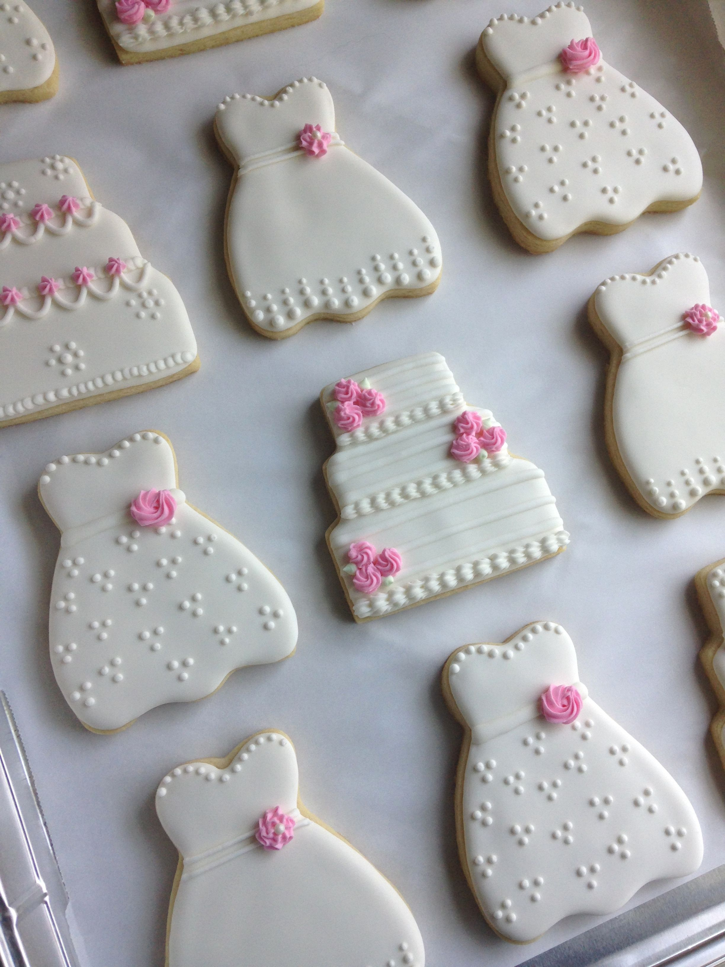 Bridal shower cookies weddingdress weddingcake cookie
