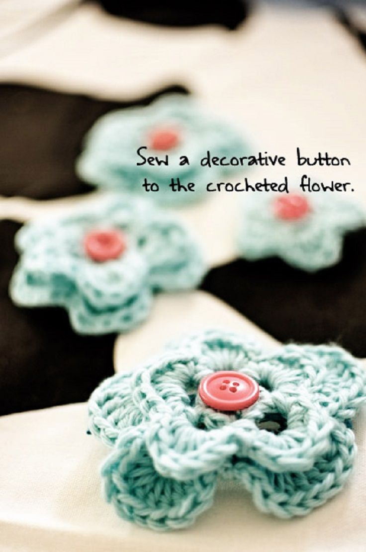 Diy crocheted flower hairclips 11 easy and simple free crochet diy crocheted flower hairclips 11 easy and simple free crochet flower patterns and tutorials bankloansurffo Image collections
