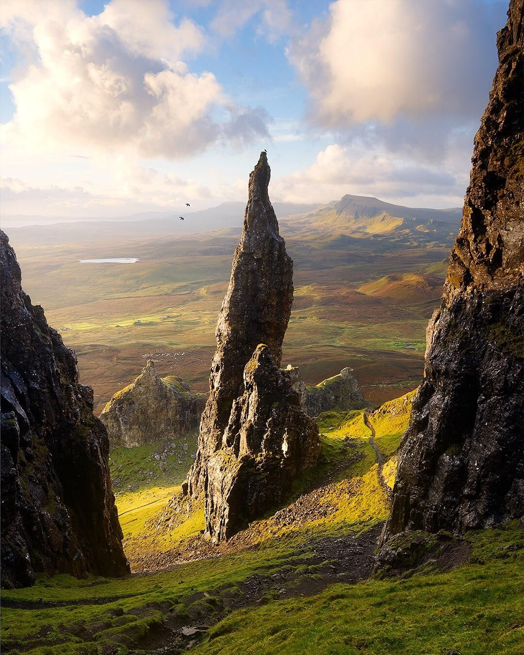 Did You Know There Is Another Rock Like The Old Man Of Storr On The Isle Of Skye 950x600 Oc E Scotland Landscape Landscape Photography Fantasy Landscape