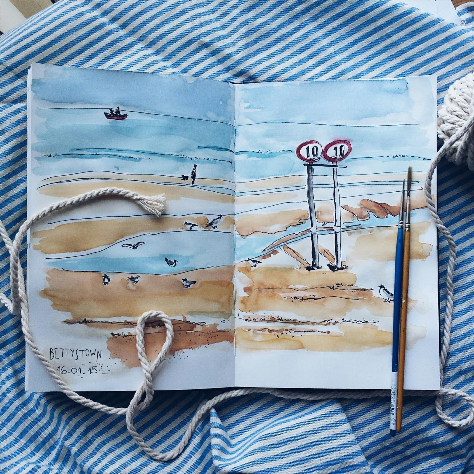 Seafront - full of inspiration. Watercolour and liner. Sketching.