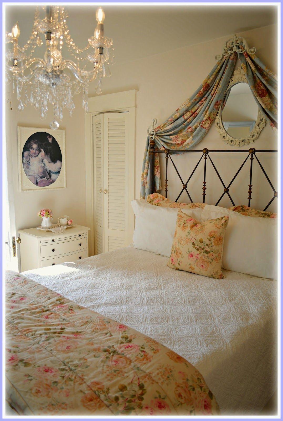 Romantic Room Setting: Simple Bedroom Decor, Romantic