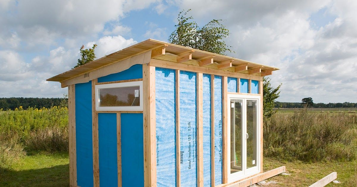 Um Das Gartenhaus Zu Errichten Brauchst Du Fundamentholzer Balken Damit Das Haus Nicht Direkt Auf Dem Fundament Steht Ein Outdoor Structures Gazebo Structures
