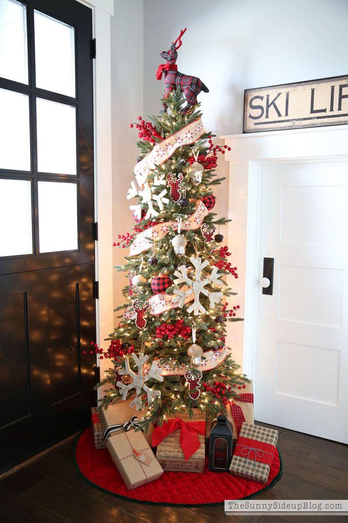 Home for the Holidays Tree Classics\u0027 Christmas Housewalk Red tree