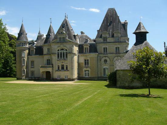Location De Salles Correze Chateau Du Repaire Vigeois Chateau Le Manoir Chateau France