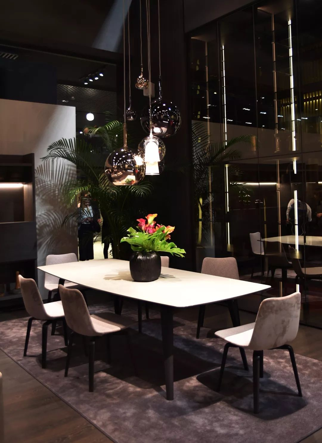 Pin By Kaiyuen On 餐厅 Restaurant Home Decor Dining Table Home
