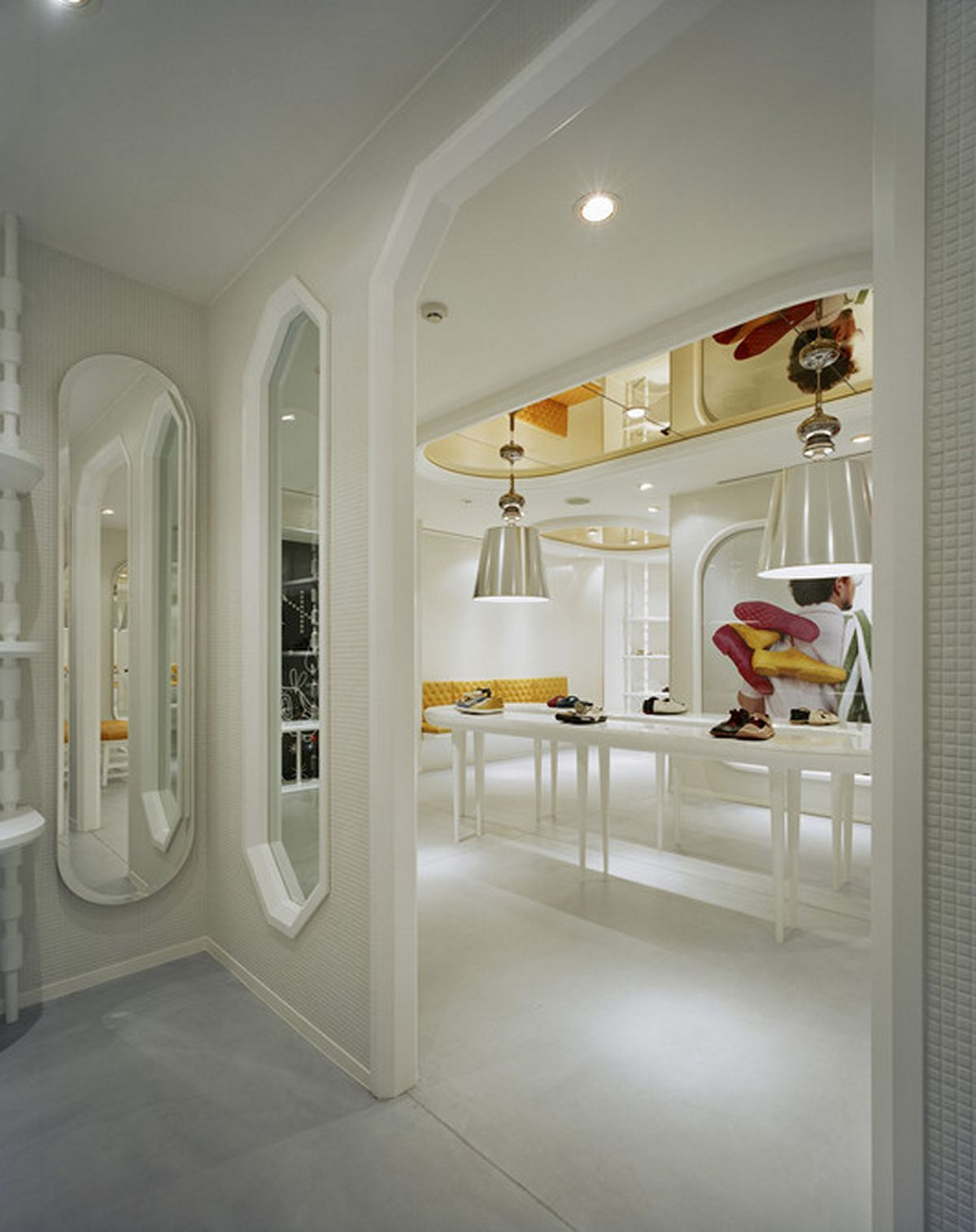 Interior Partition wall design with classical style modern furniture design idea
