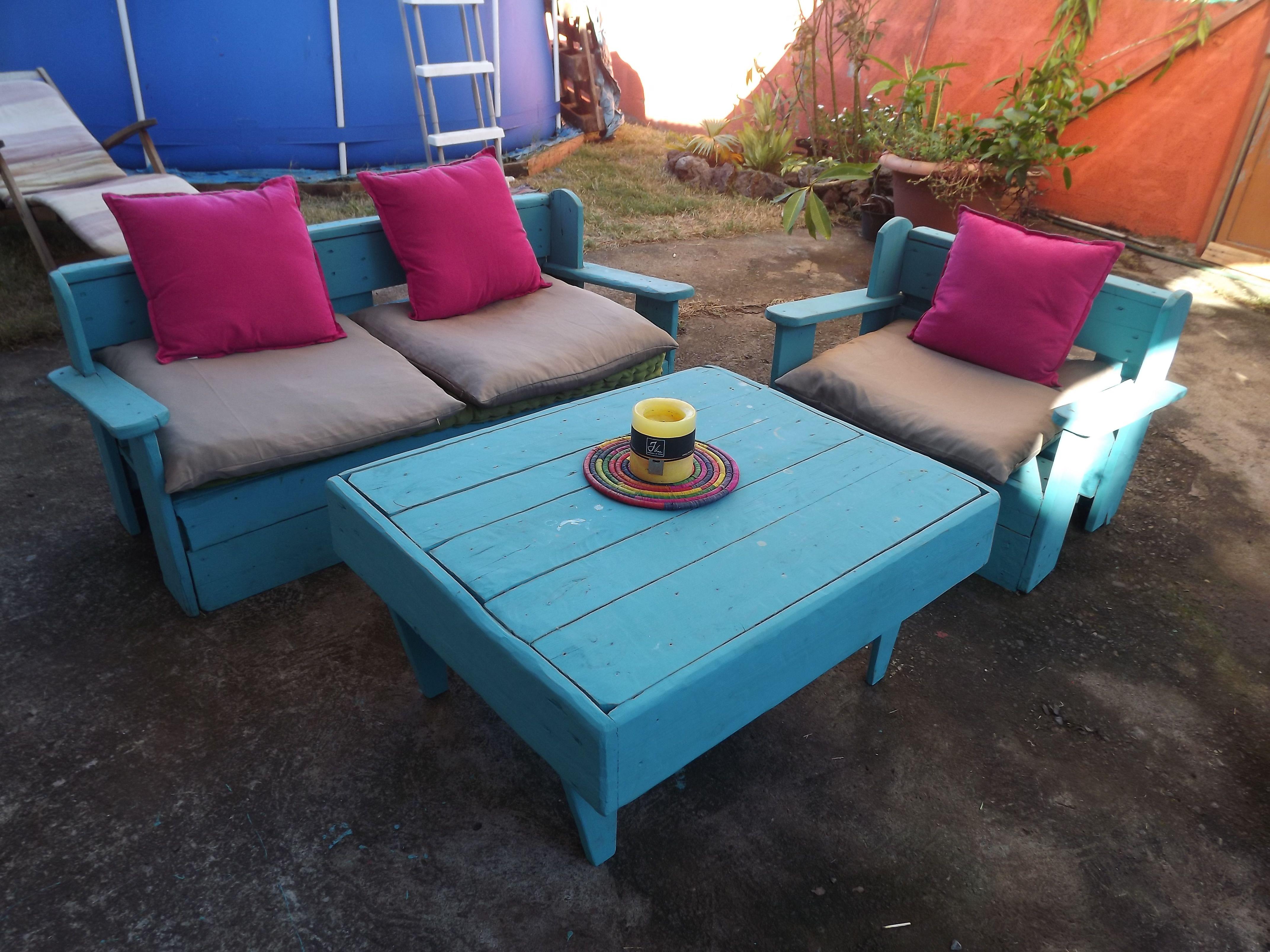 salon de jardin en palettes de bois woodworking project. Black Bedroom Furniture Sets. Home Design Ideas