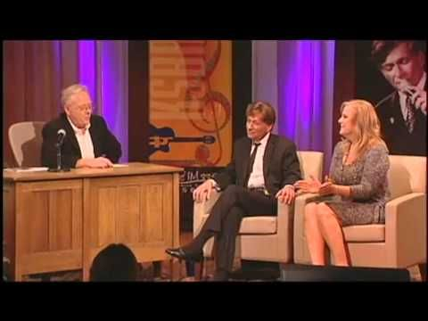 Breakfast with Gary & Kelly with guest Bobby Caldwell