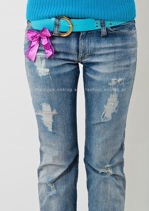 Destroyed Used Jeans Selbermachen Löcher Mit Sichtbaren Fäden