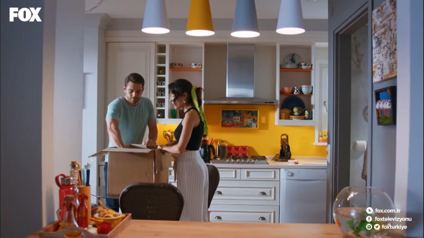 Her Yerde Sen Dizisi Mutfak Heryerdesen Kitchen Kitchendecor Kitchendecorideas Kitchendesign Ev Icin Mobilya House