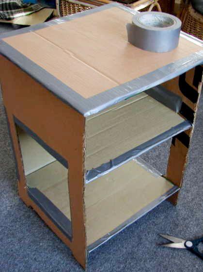 Make Your Own Papier Mache Nightstand Etagere En Carton Meuble En Carton Et Decorer Boite