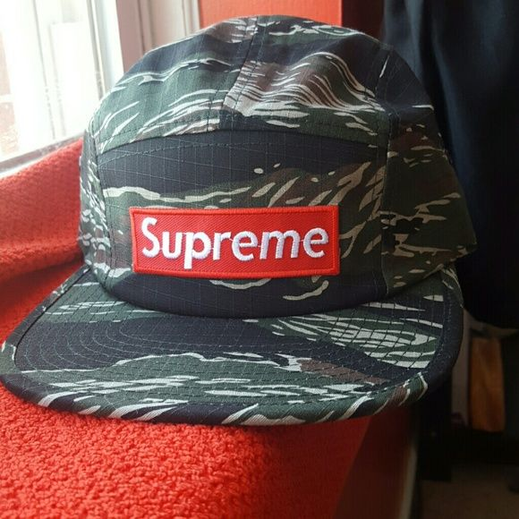 Supreme Snapback Camo New Camo adjustable cap REPLICA new 5 panel Supreme  Accessories Hats 0e3863f2e0b