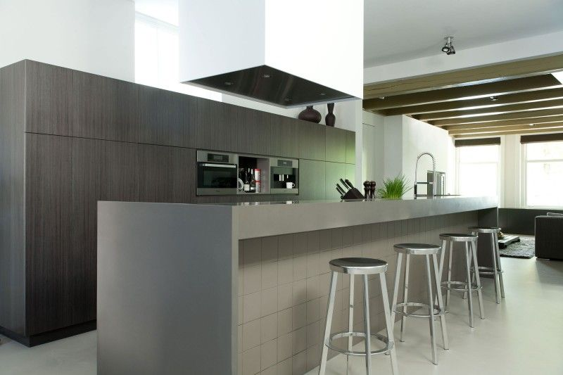 Historic Canal House by Remy Meijers House, Kitchens and Interiors