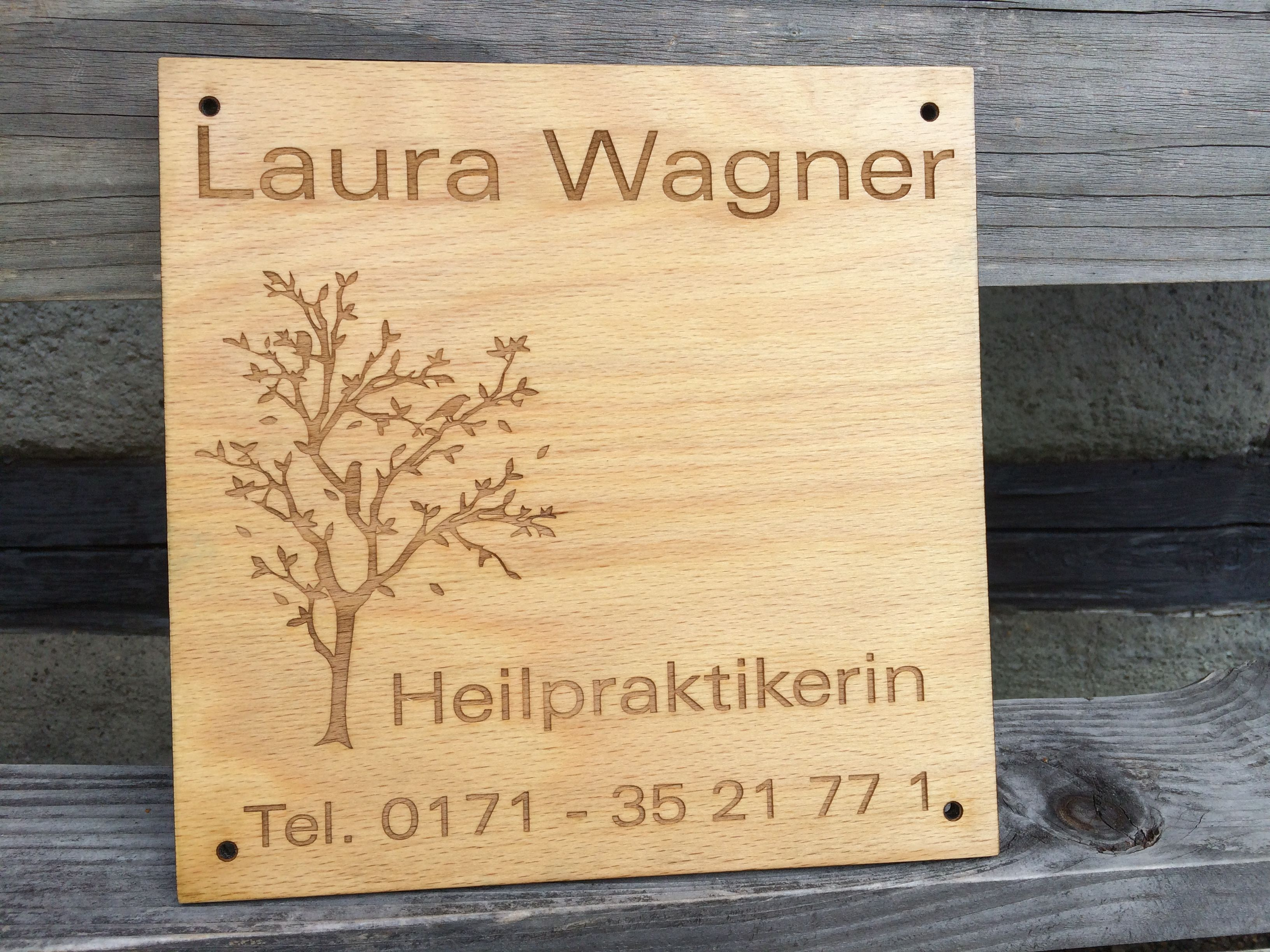 Firmenschild aus #Holz und gelasert   Holzschilder Lasergravur ...