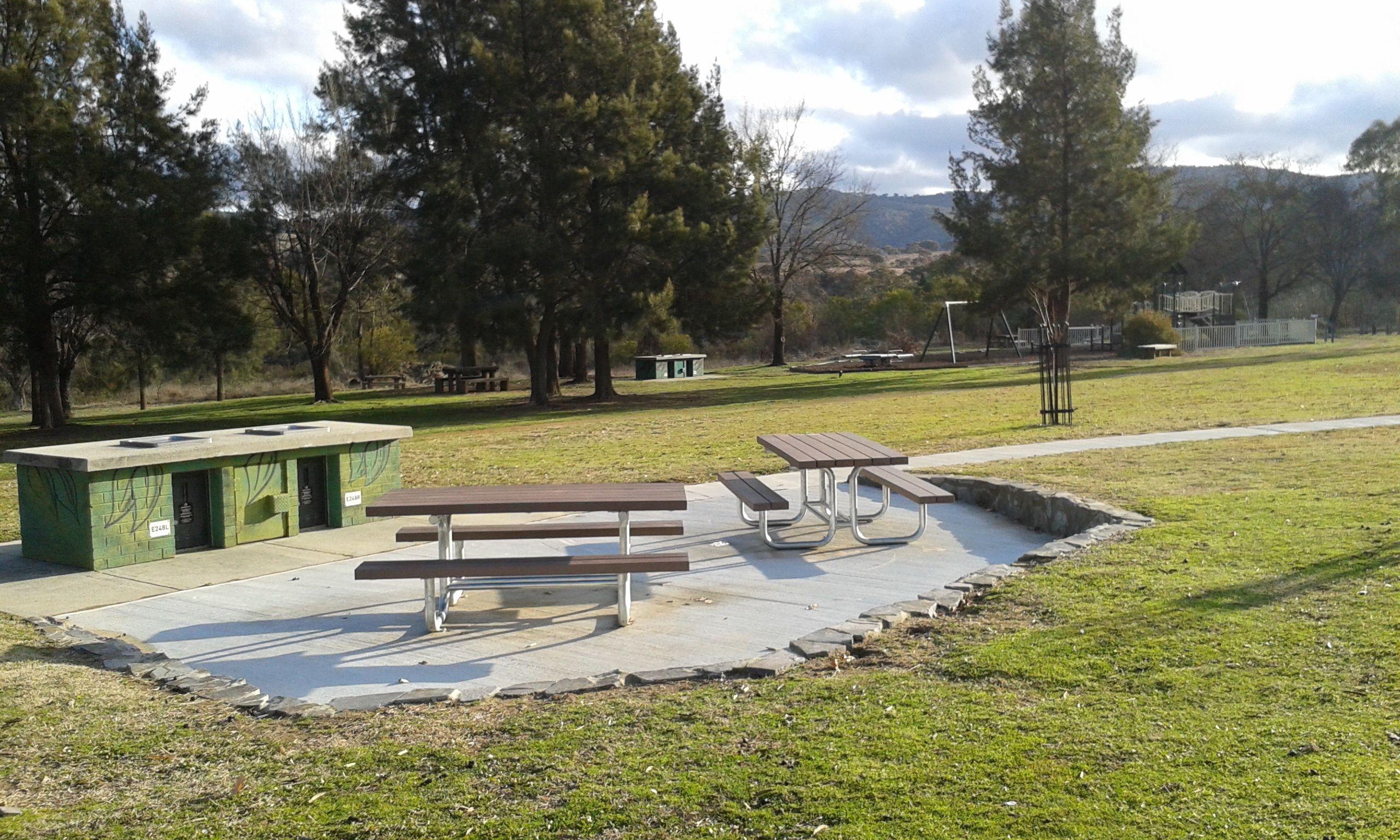 Playground Areas Community Park Bbq Area