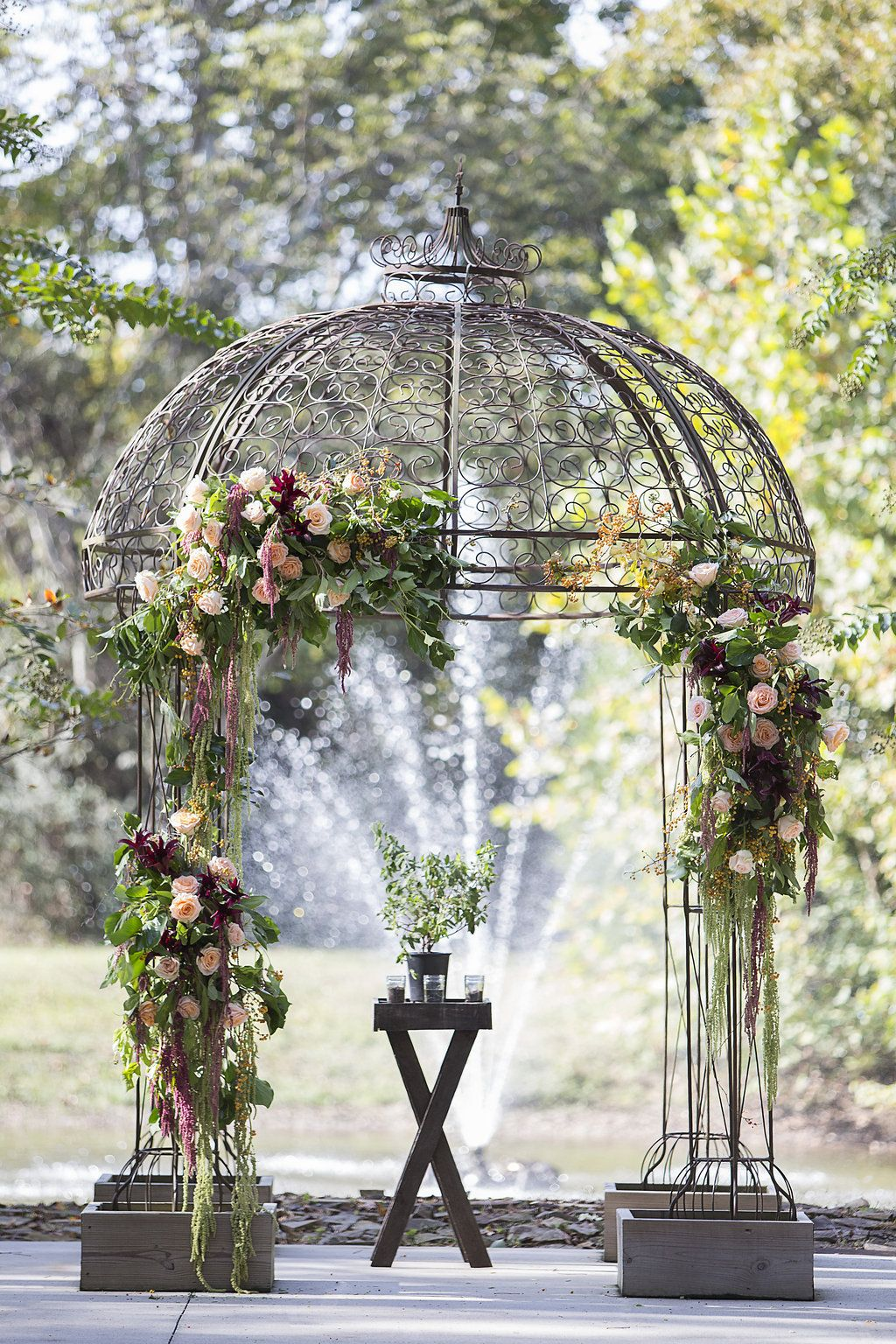 Dome Arch Style But Not The Color Southern Style Wedding Wedding Wedding Inspiration
