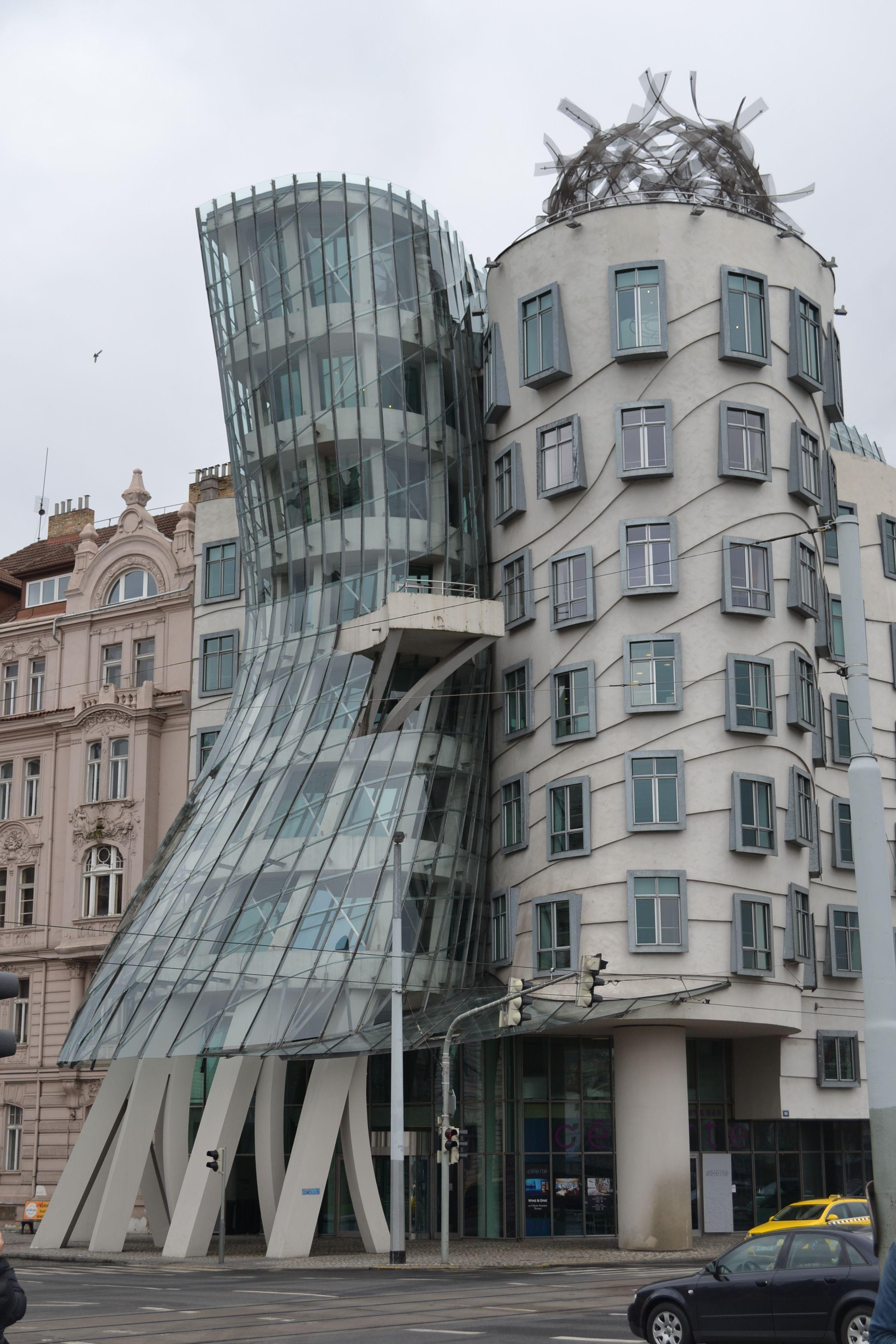 Tancici Dum - La casa danzante - Praga