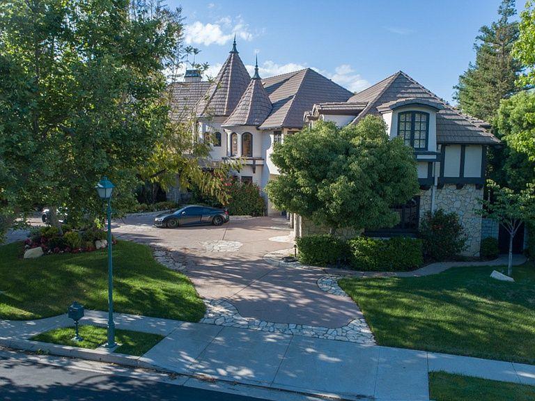 19203 Romar St Northridge Ca 91324 Mls 19468042 Zillow Northridge Los Angeles Homes Zillow
