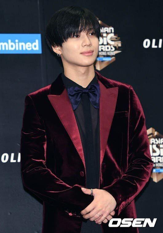 Taemin - 2016 Mnet Asia Music Awards in Hongkong Red Carpet