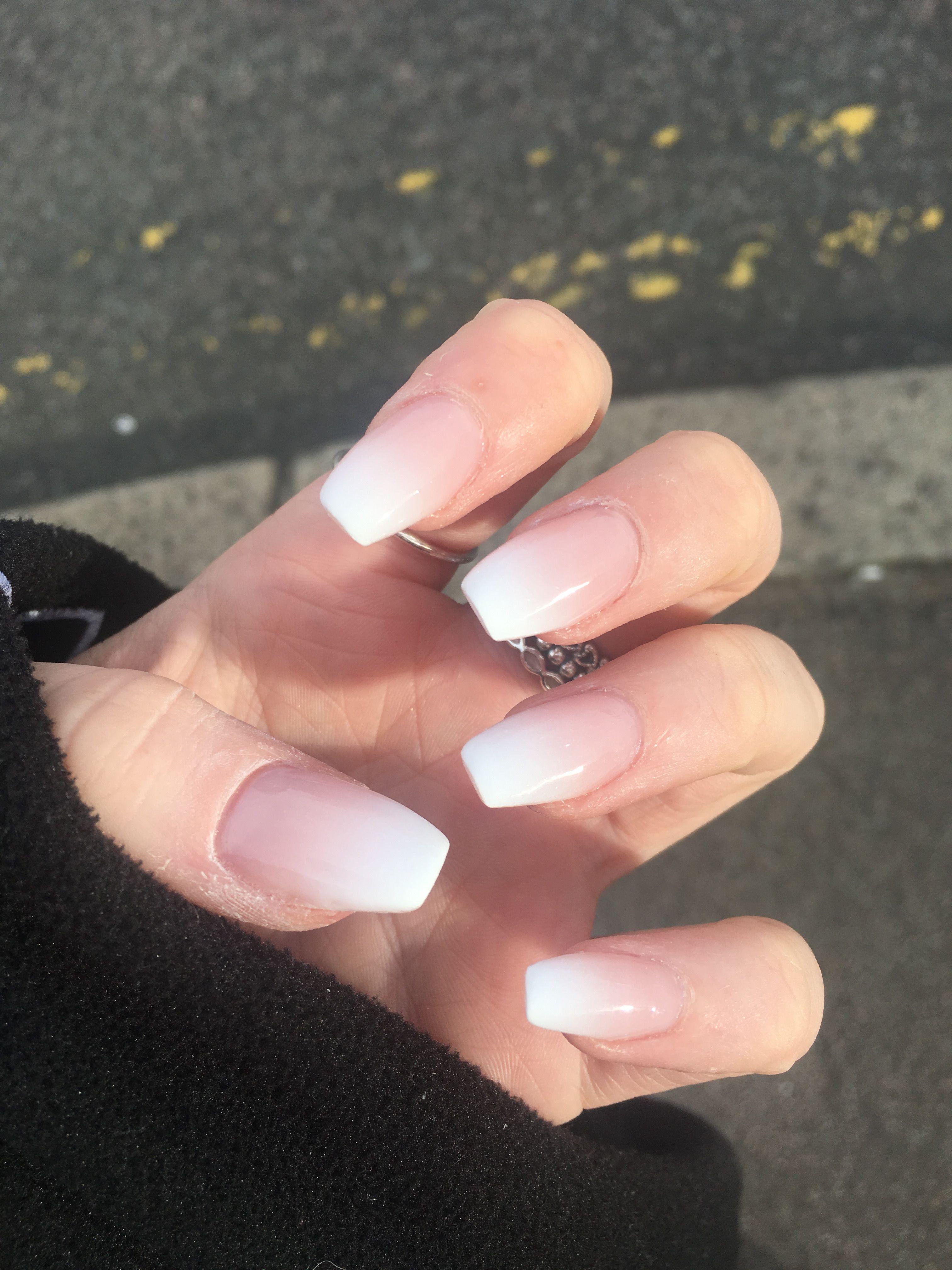 White Airbrush Tip Acrylic Airbrush Nails White Tip Nail Designs White Tip Nails