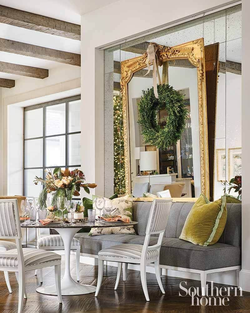 A Southern Home Christmas With Images Southern Homes House