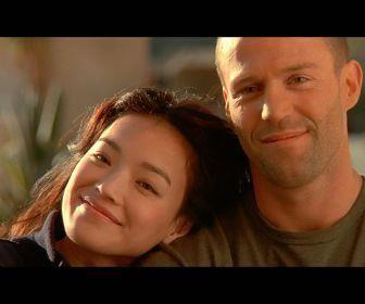 Jason & Qi Shu (Frank Martin & Lai)~awwwww love this shot!-courtesy Transporter