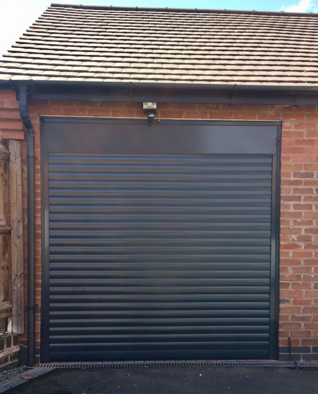 Alluguard Roller Door Anthracite Grey Ral 7016 Garage Roller