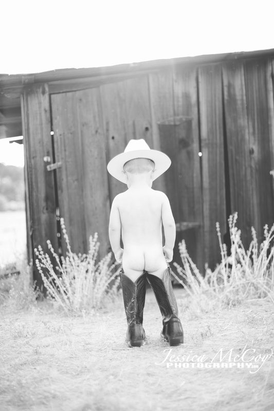 808b8fadc 2 year old cowboy in cowboy boots | Photo inspiration | Children ...