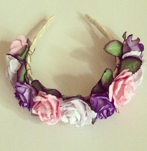 A cute Flower headband with big flowers