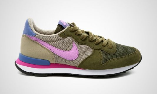 Groene NIKE Sneakers INTERNATIONALIST WMNS