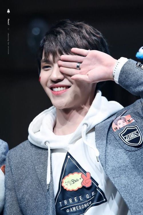 160227 UP10TION Yeoudio FansigningKuhnCr:  PlanetX  Do not edit