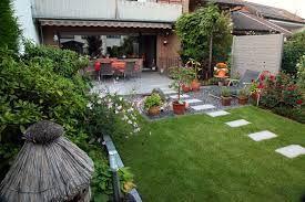Bildergebnis für reihenhausgarten gestalten | kleine Gärten ...