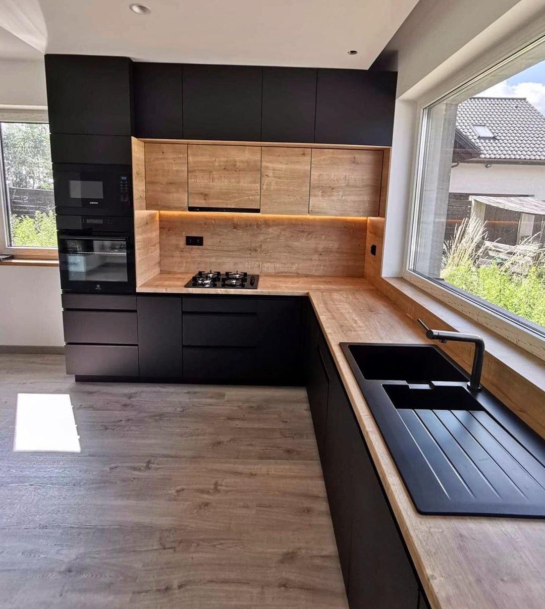 Obraz Moze Zawierac W Budynku Kitchen Furniture Design Kitchen Furniture Black Kitchens