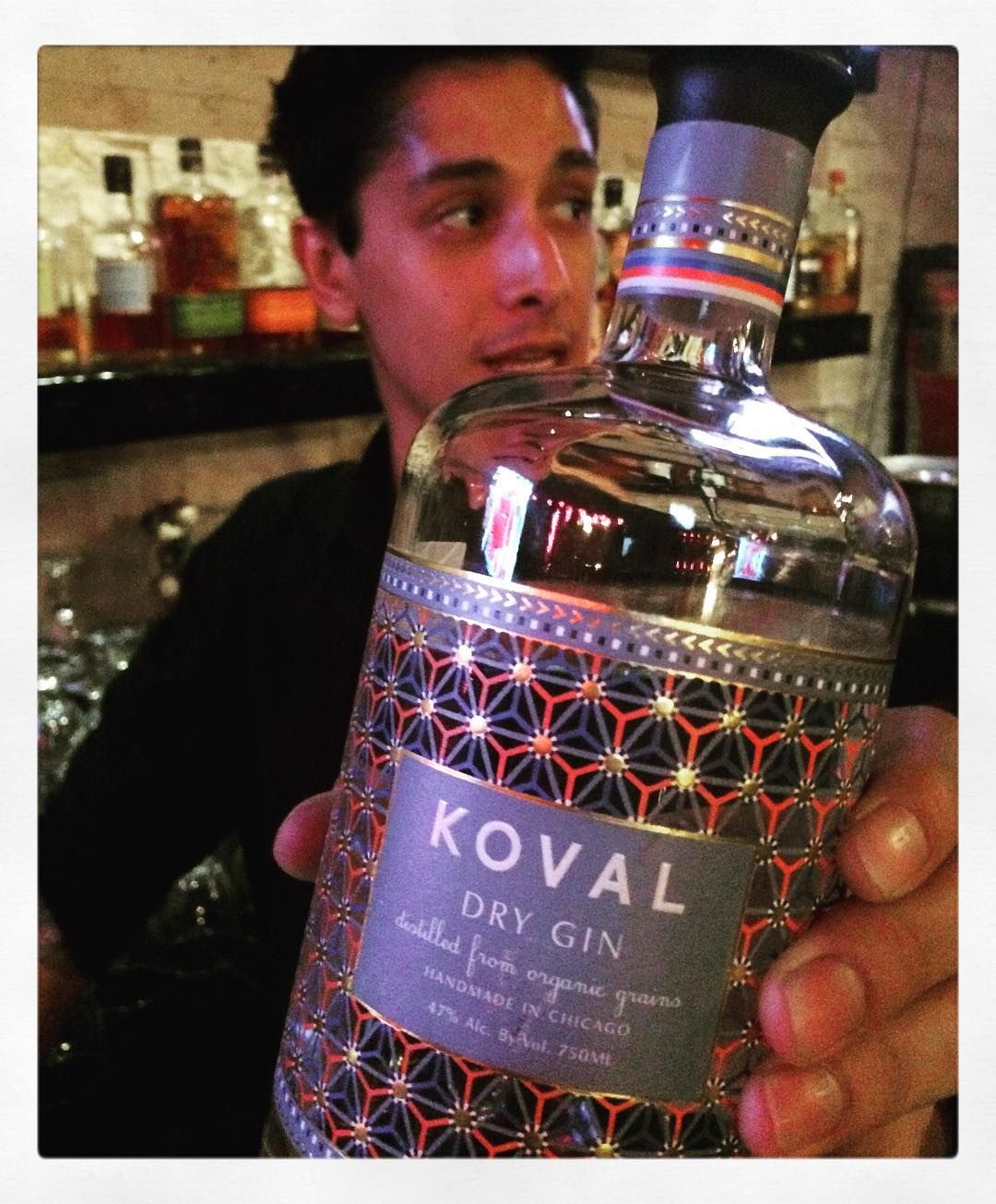 Thank you Kelly!!! I am in love with my new favorite gin!!! @kovaldistillery you guys have an amazing portfolio going on!! // #BobbyBeveridge #gin #chicago #kovaldistillery #barlife #liquor #booze #cocktails #bartender by everyday_roblem