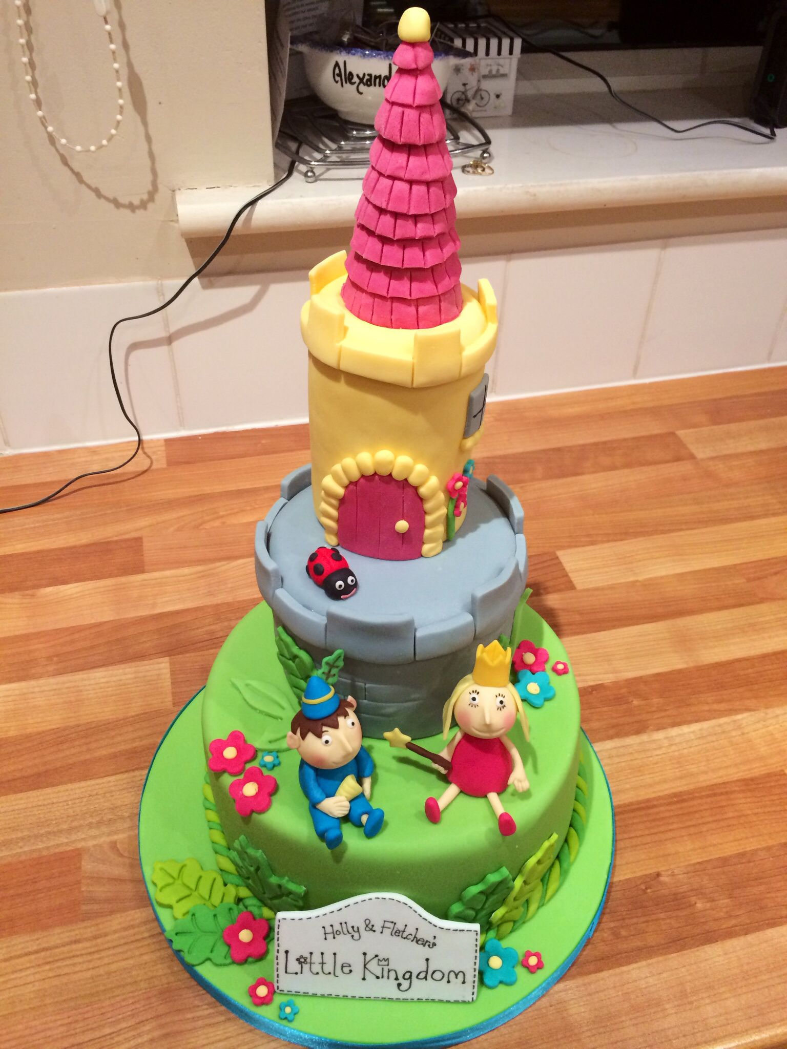 Ben and Holly's little kingdom cake with gumpaste figures